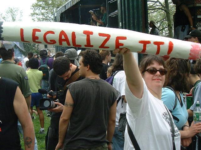 legalizeit000506-640x480